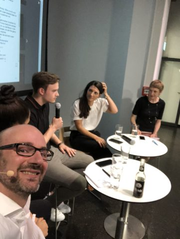 Christian Benkner in der Diskussionsrunde zum Thema Influencer Marketing